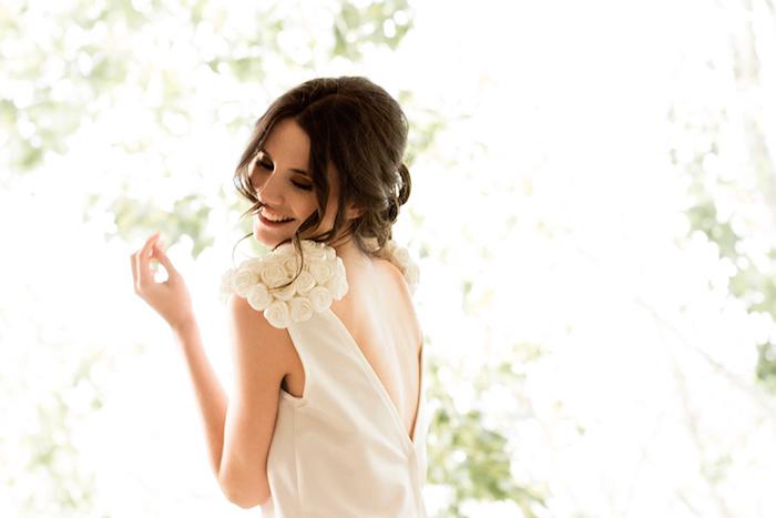 demi novias vestidos modernos y sencillos